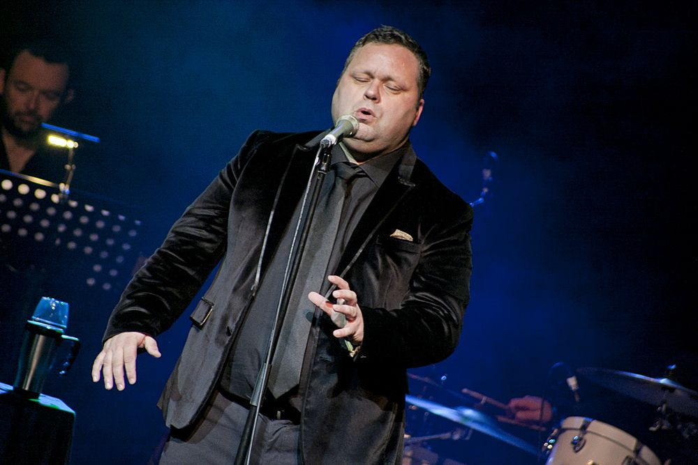 Paul Potts at The Olympia by Abraham Tarrush (8)