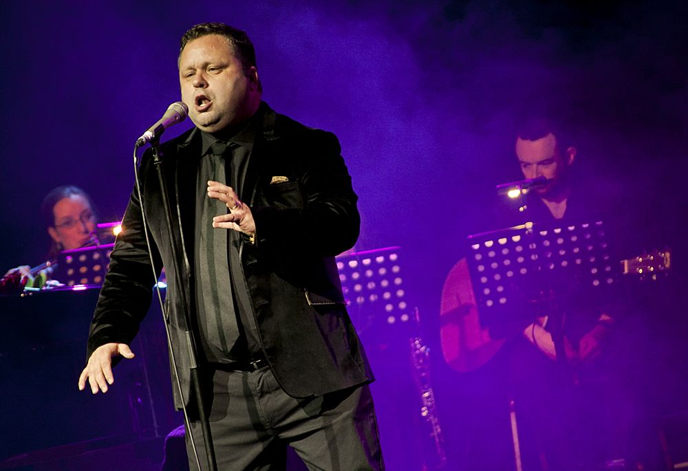 Paul Potts at The Olympia by Abraham Tarrush (9)