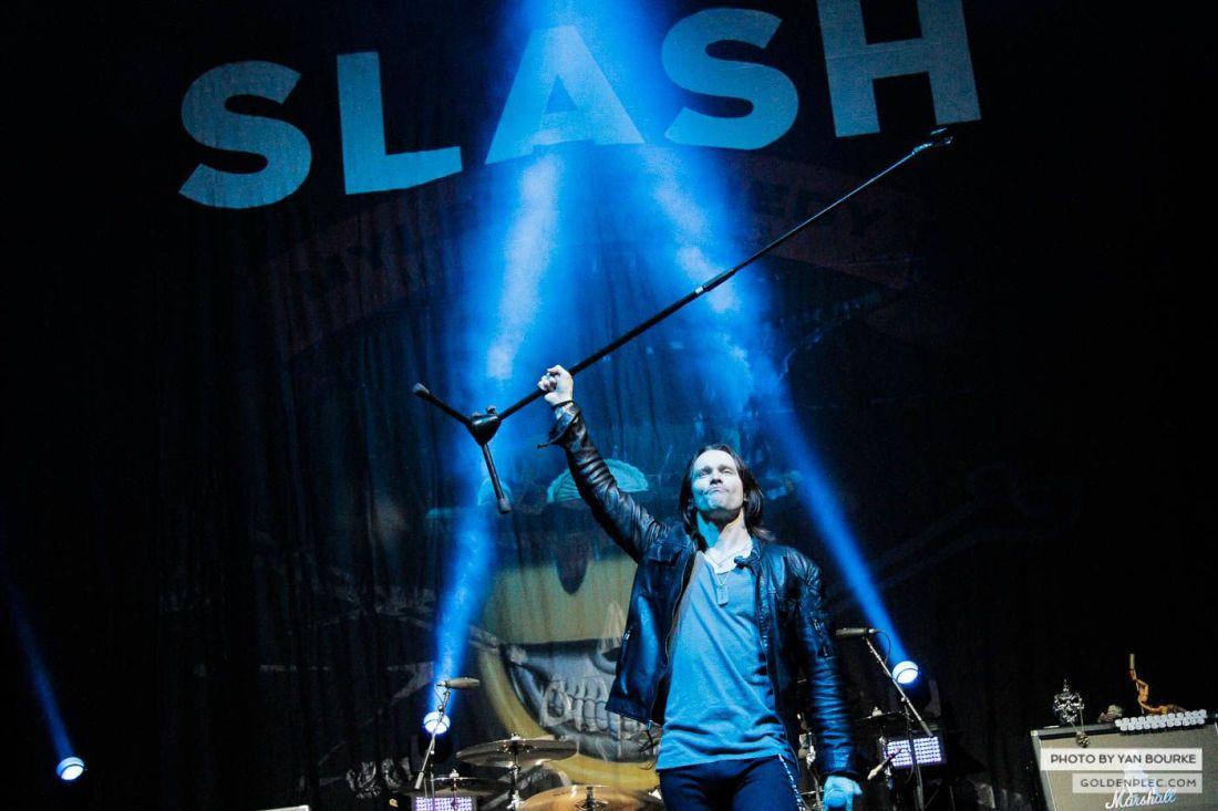 Slash in the 3arena on 10 November 2014