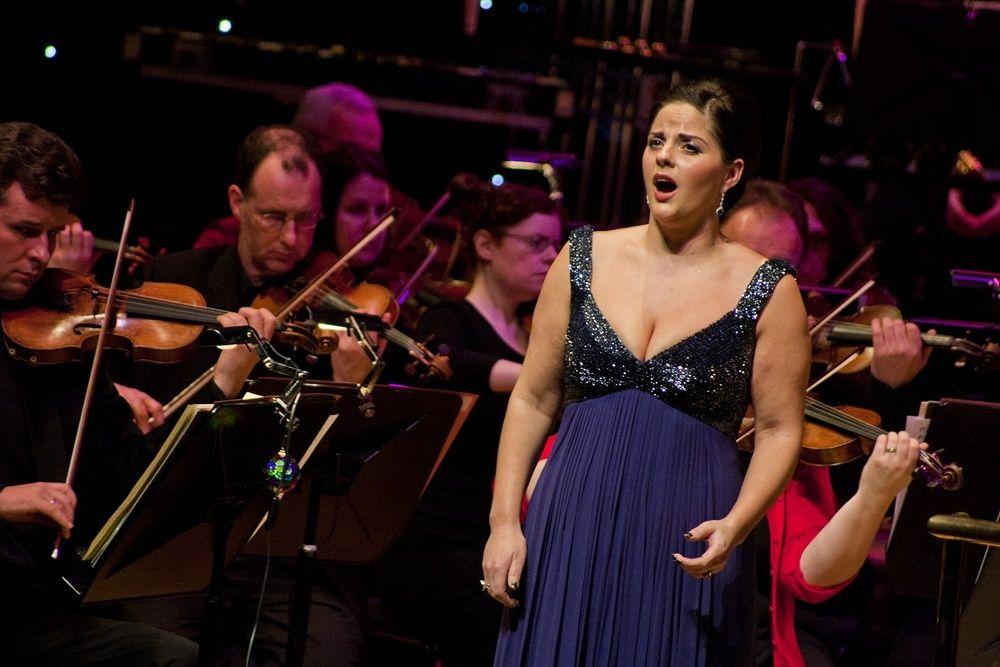 Celine Byrne Christmas Gala – NCH Dublin – by Abraham Tarrush (9)