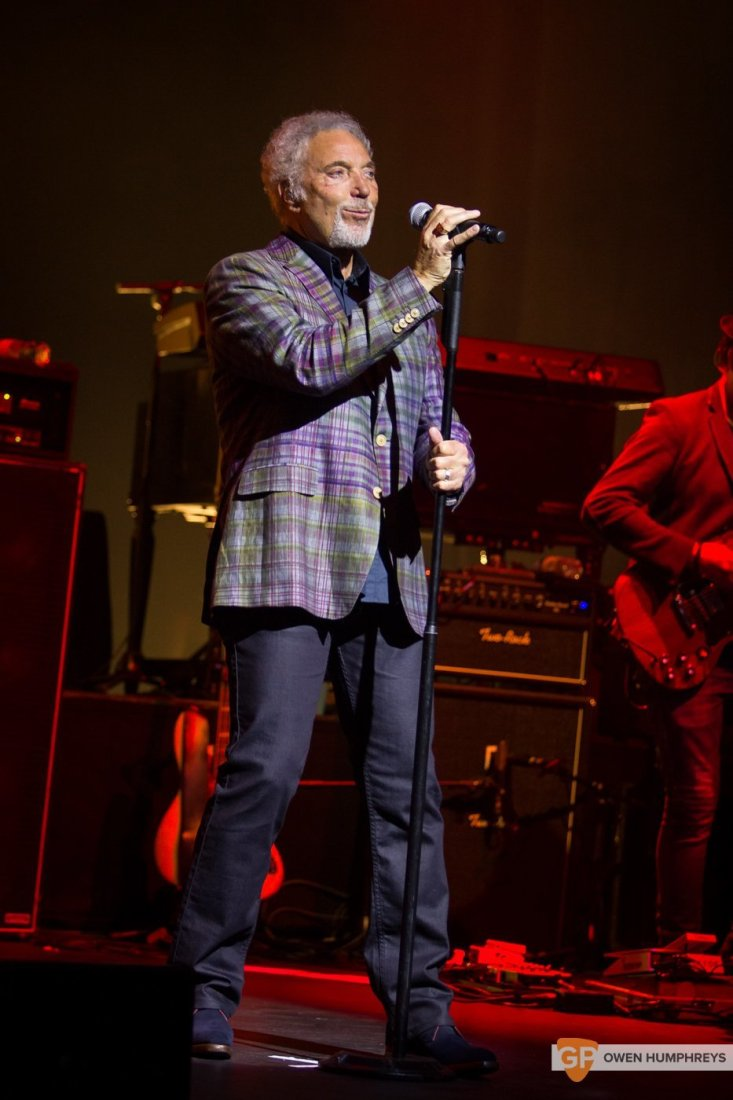 Tom Jones at The Olympia Theatre by Owen Humphreys (14 of 14)