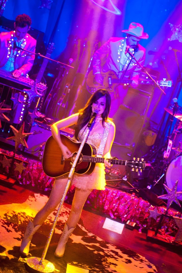 Kacey Musgraves at The Academy Dublin by Abraham Tarrush (2)