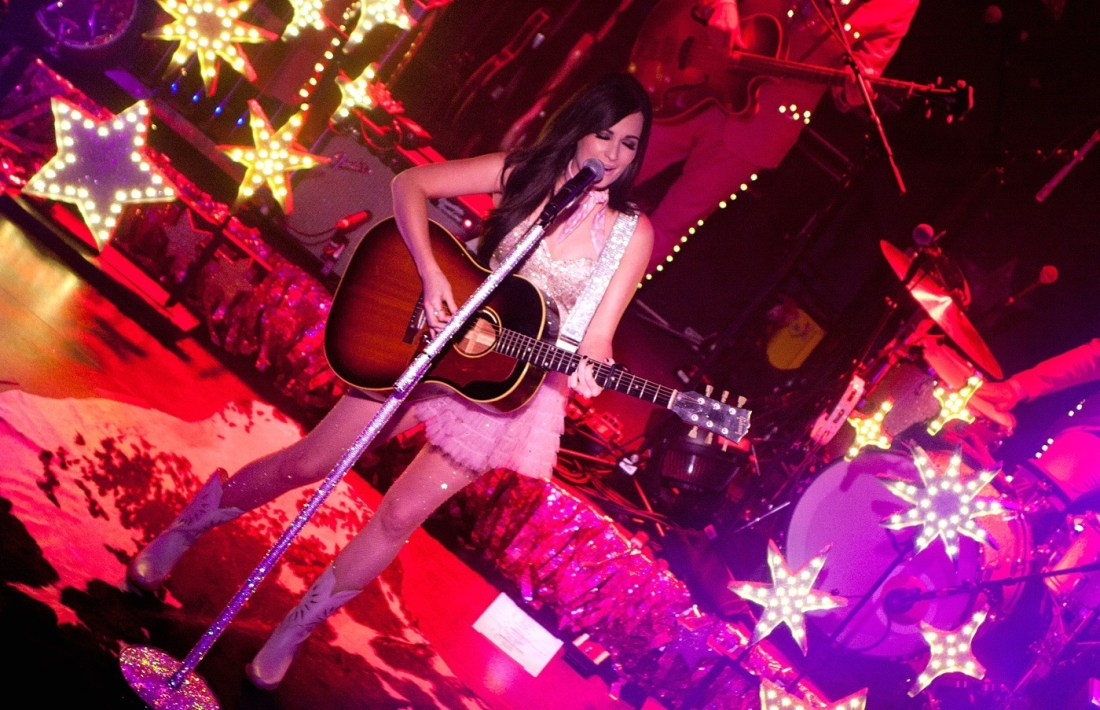 Kacey Musgraves at The Academy Dublin by Abraham Tarrush (7)