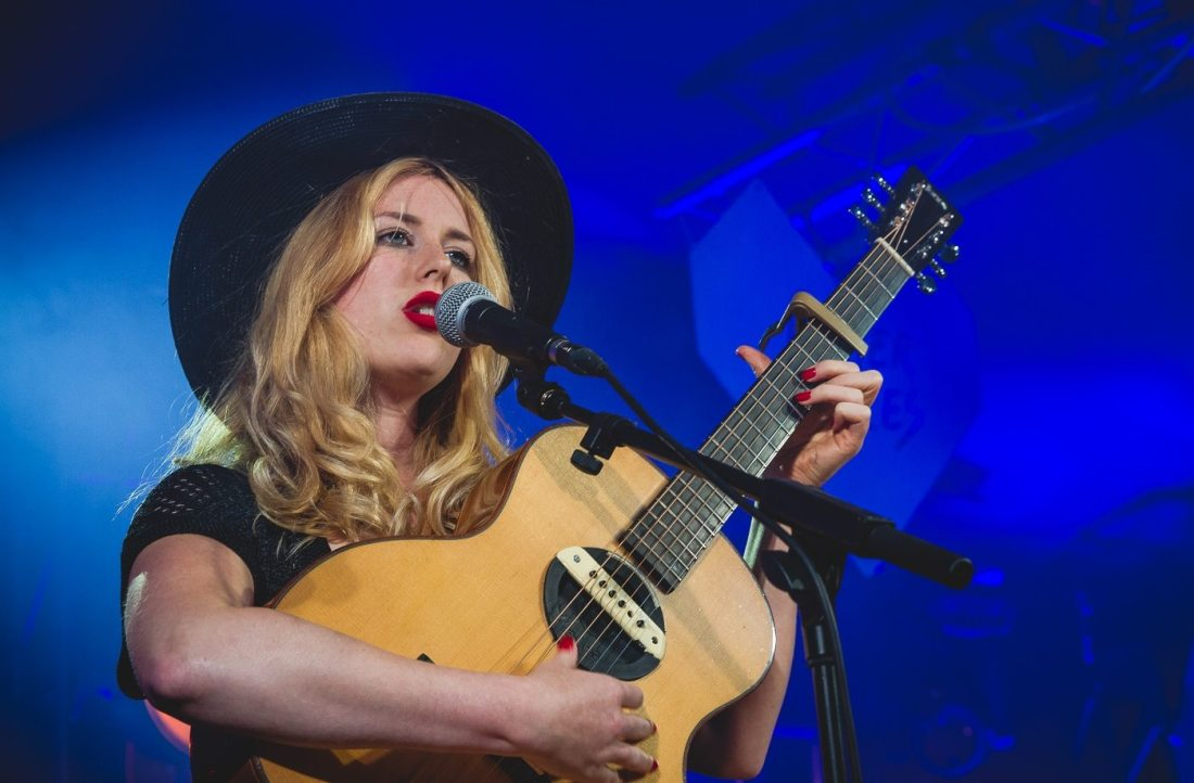 holly-macve-other-voices-electric-picnic-2016-9023