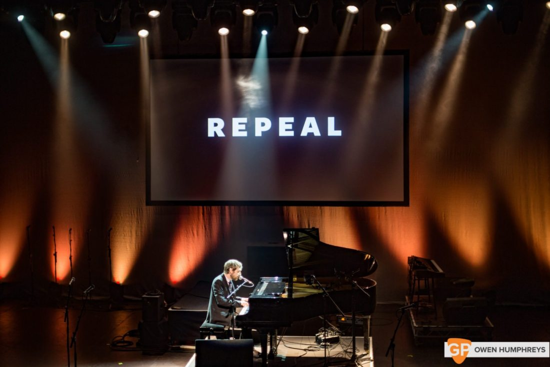 A Night in the Key of 8 at The Olympia Theatre by Owen Humphreys (28 of 36)