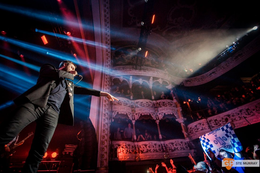 KASABIAN at OLYMPIA THEATRE by STE MURRAY _ 21