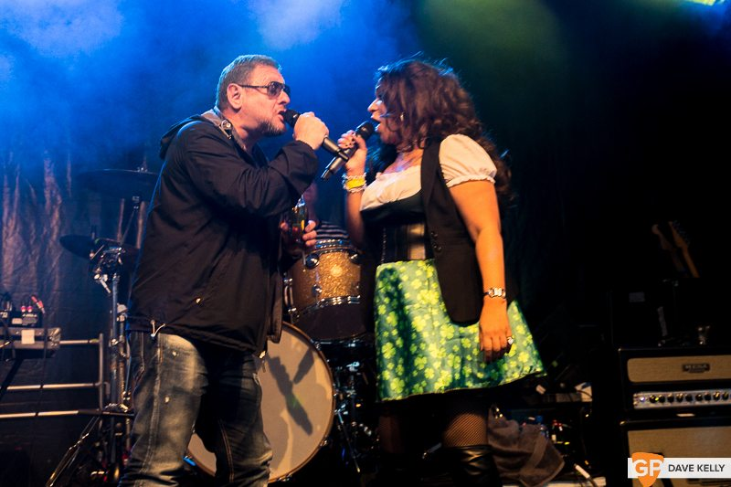 The Happy Mondays at Leopardstown Racecourse on 17 August 2017 (20 of 30)