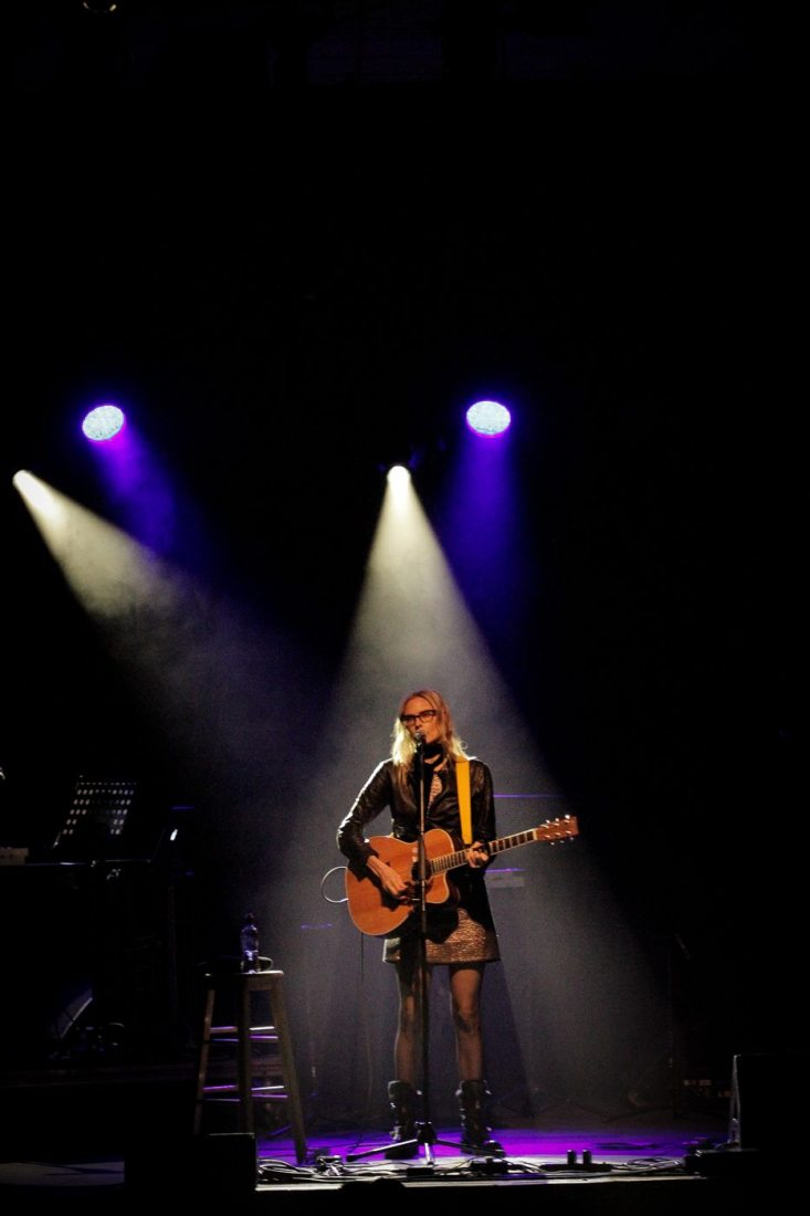 Aimee Mann at the National Stadium on 28 October 2017 by Yan Bourke