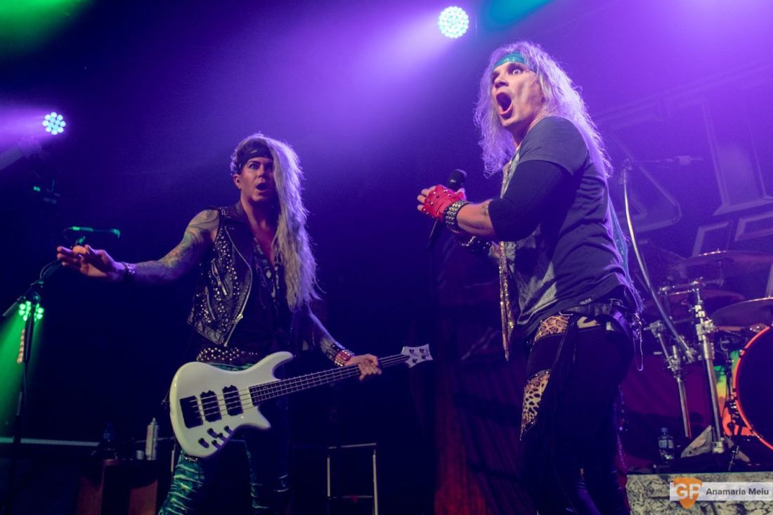 Steel Panther-19