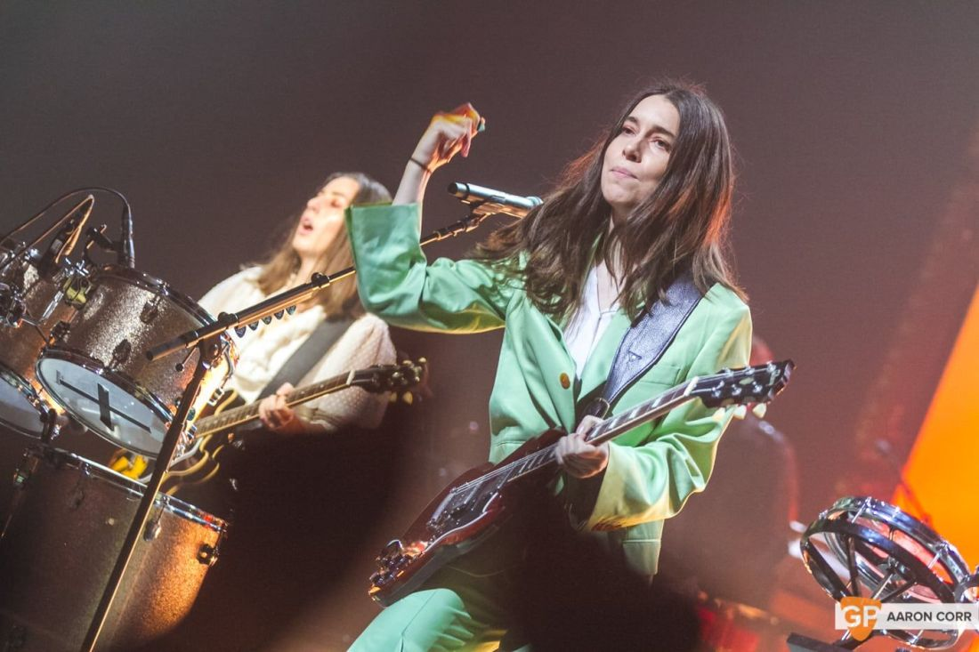 Haim at Olympia by Aaron Corr-2027