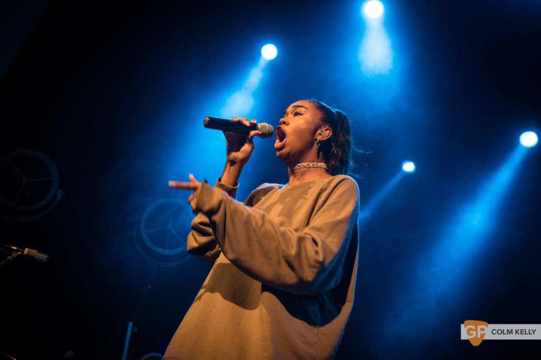 Amber Mark at The Olympia Theatre, Dublin by Colm Kelly-156