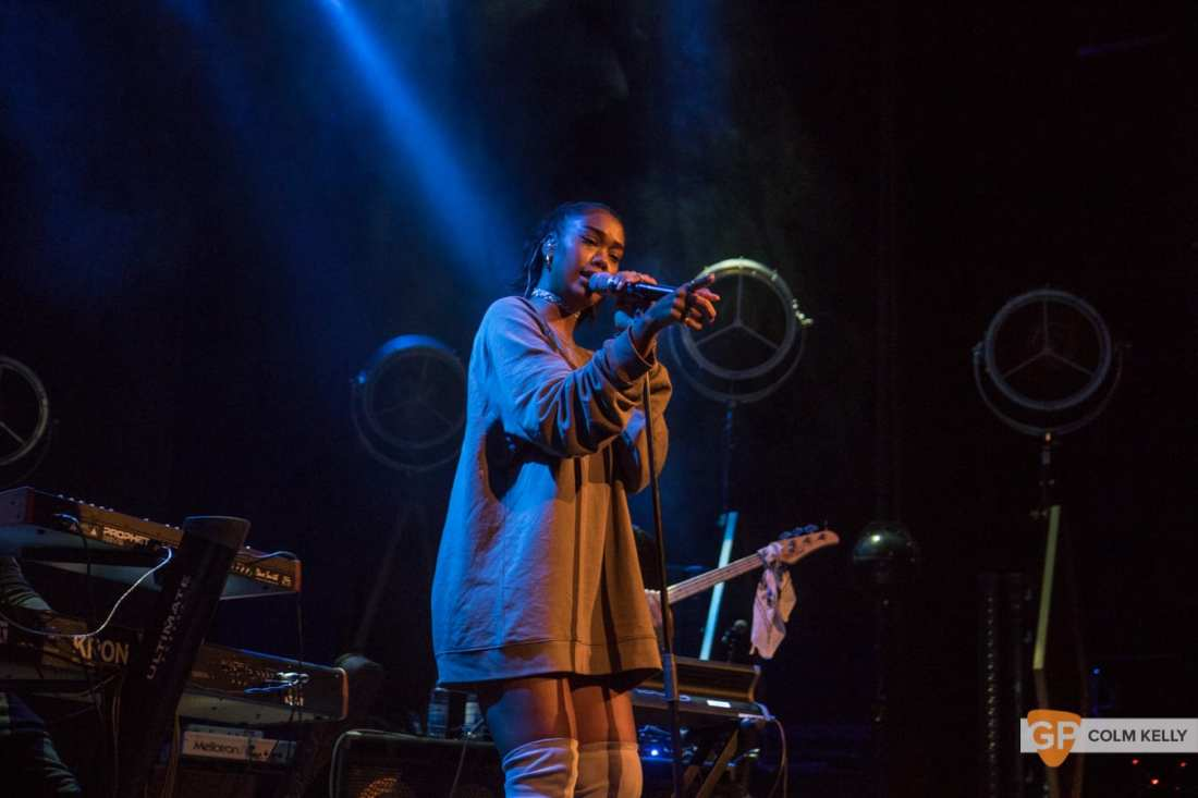 Amber Mark at The Olympia Theatre, Dublin by Colm Kelly-697