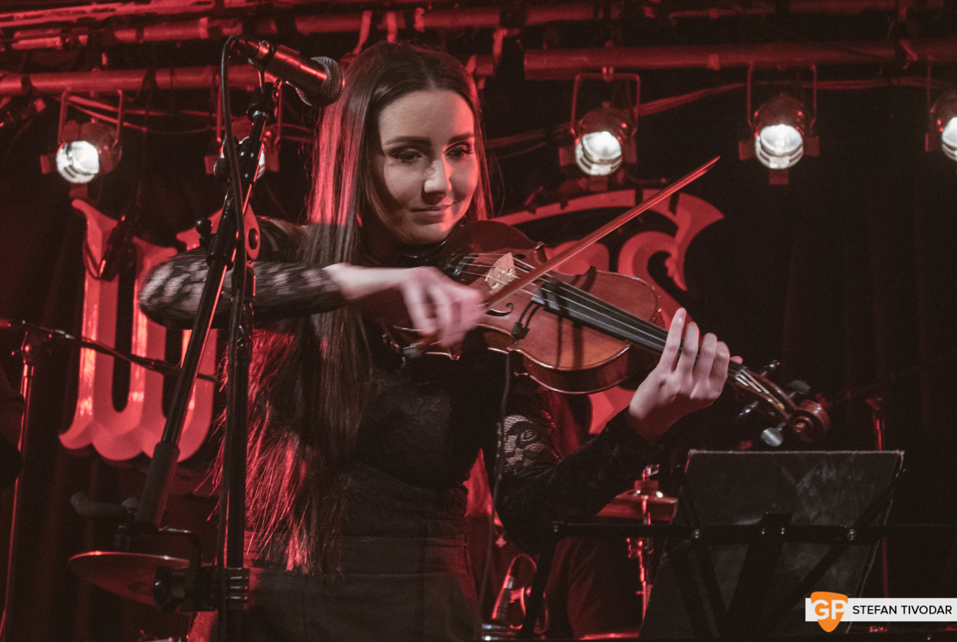 Carron Whelans Ones to Watch Winter 2019 Day Whelans Ones to Watch Winter 2019 Day 5 4