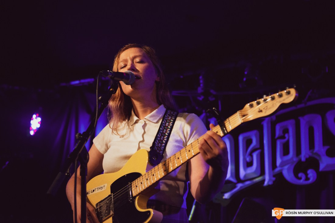 Julia Jacklin in Whelans by Roisin Murphy O'Sullivan (15 of 28)