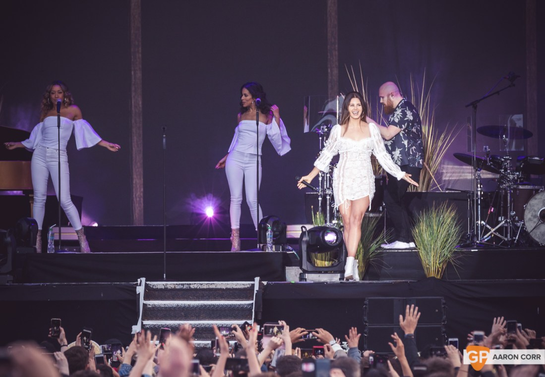 Lana Del Rey at Malahide Castle by Aaron Corr (22-Jun-19)-5825