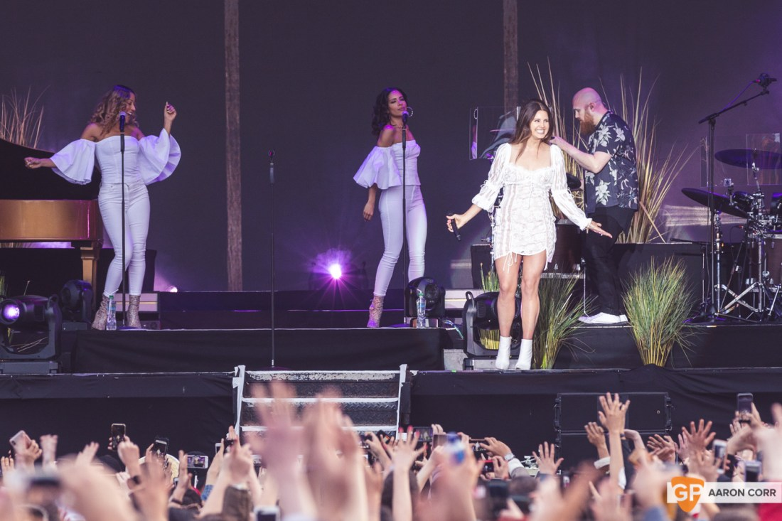 Lana Del Rey at Malahide Castle by Aaron Corr (22-Jun-19)-5827