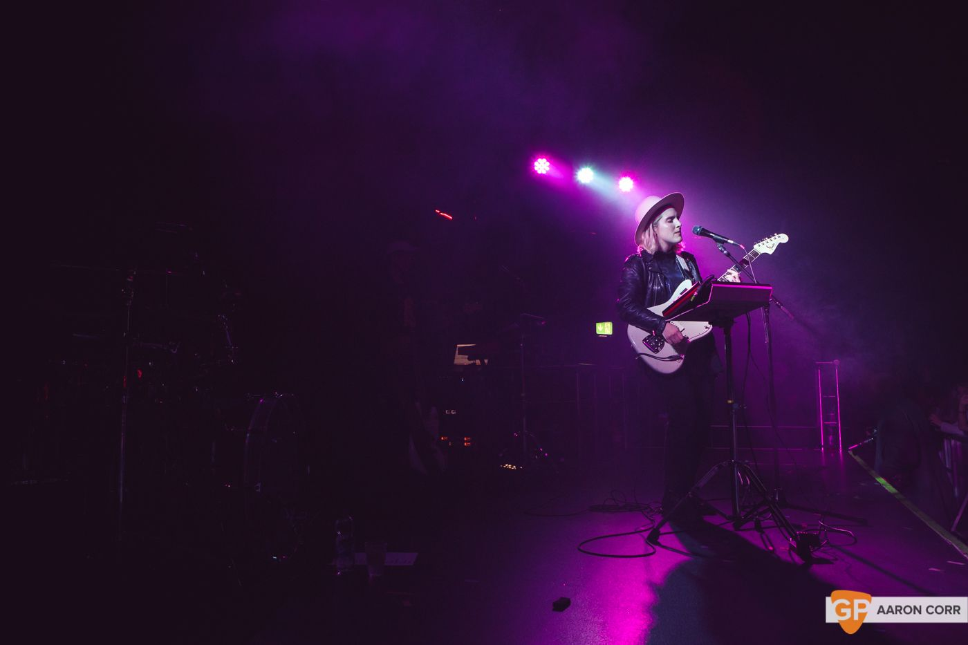 Shura at The Academy on 17-11-19 by Aaron Corr-0271