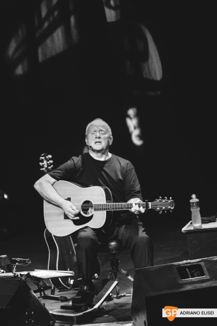 Christy Moore at Vicar Street by Adriano Elisei (13)