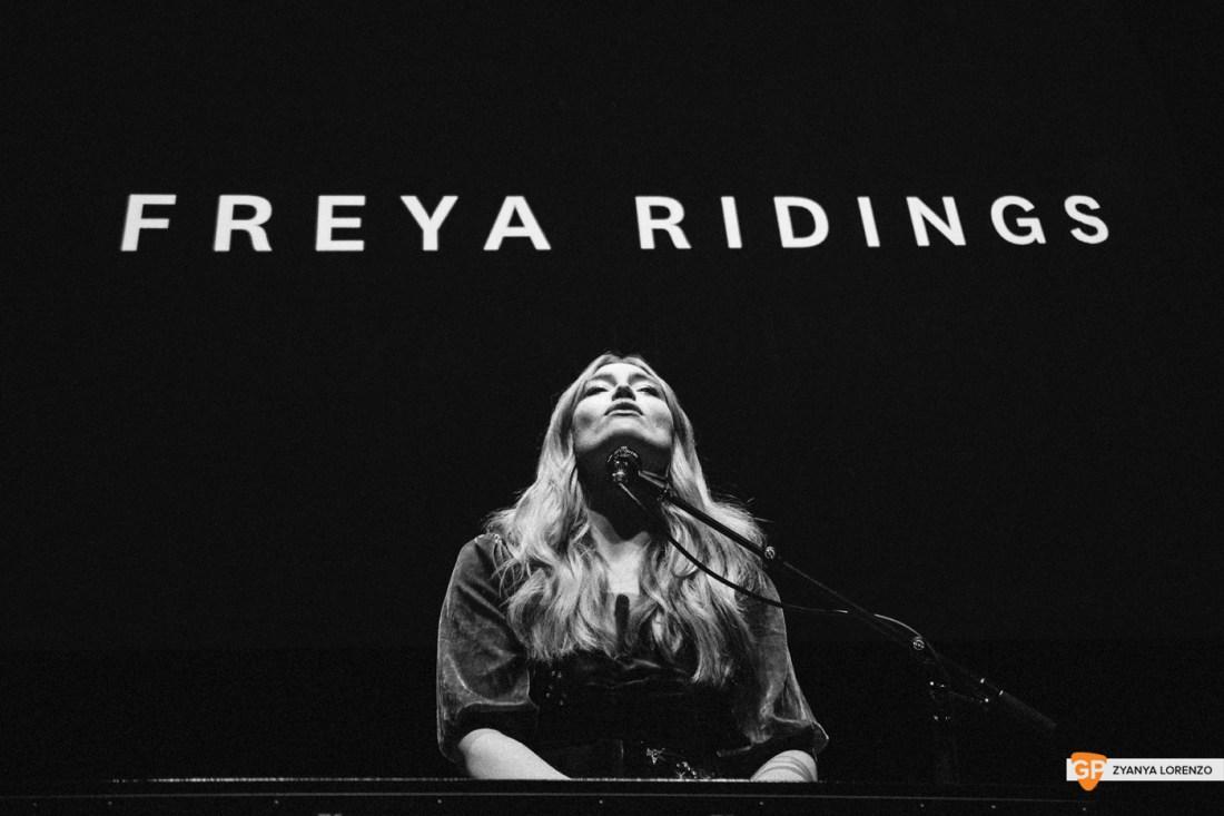 Freya-Ridings-3arena-Dublin-Zyanya-Lorenzo-003