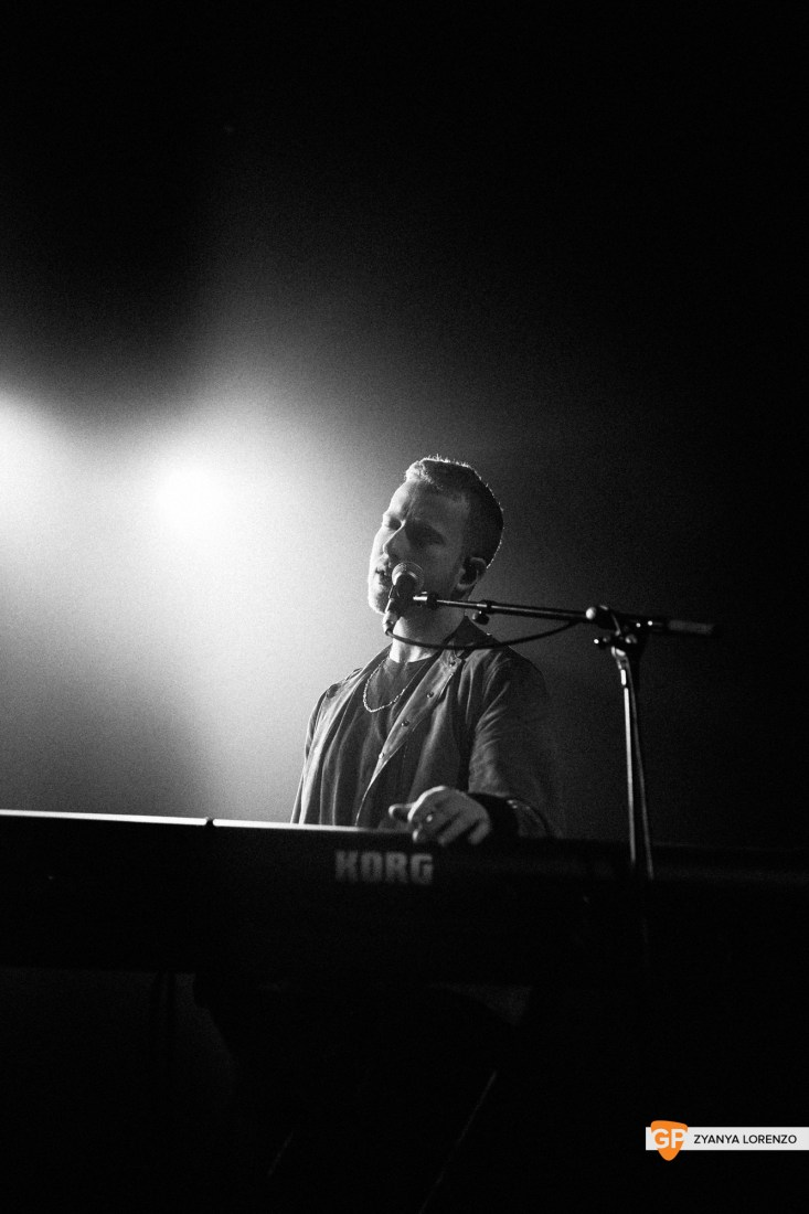 JP Saxe live at The Olympia, Dublin. Photographed by Zyanya Lorenzo.