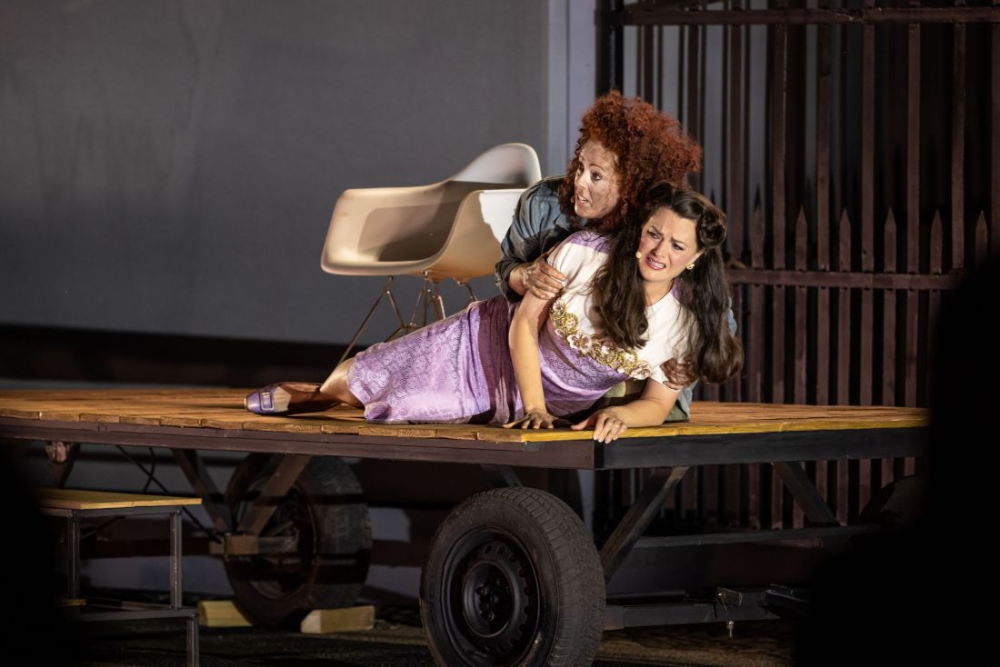 05a Giselle Allen (Elektra) & Máire Flavin (Chrysothem…to SteMurray