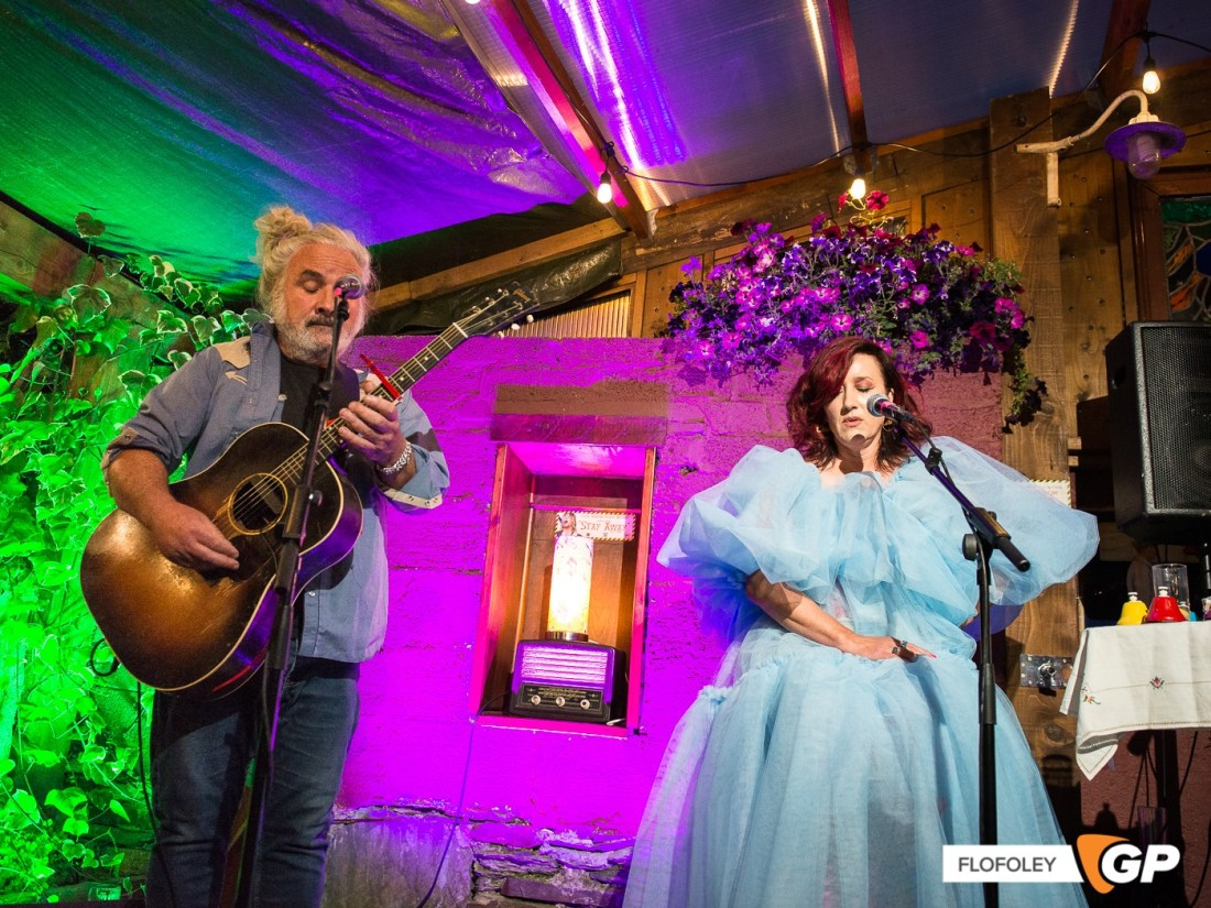Maria Doyle Kennedy at De Barras Folk Club Clonakilty, Photographer, Flo Foley, 15-08-2021-14