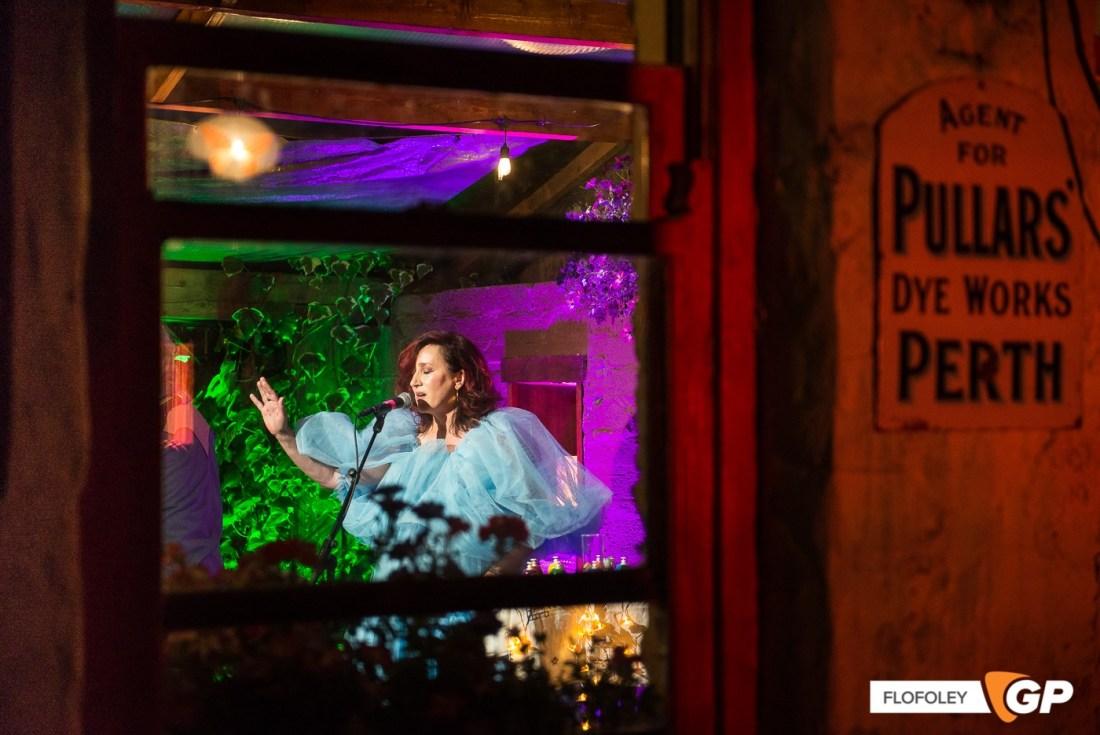 Maria Doyle Kennedy at De Barras Folk Club Clonakilty, Photographer, Flo Foley, 15-08-2021-15
