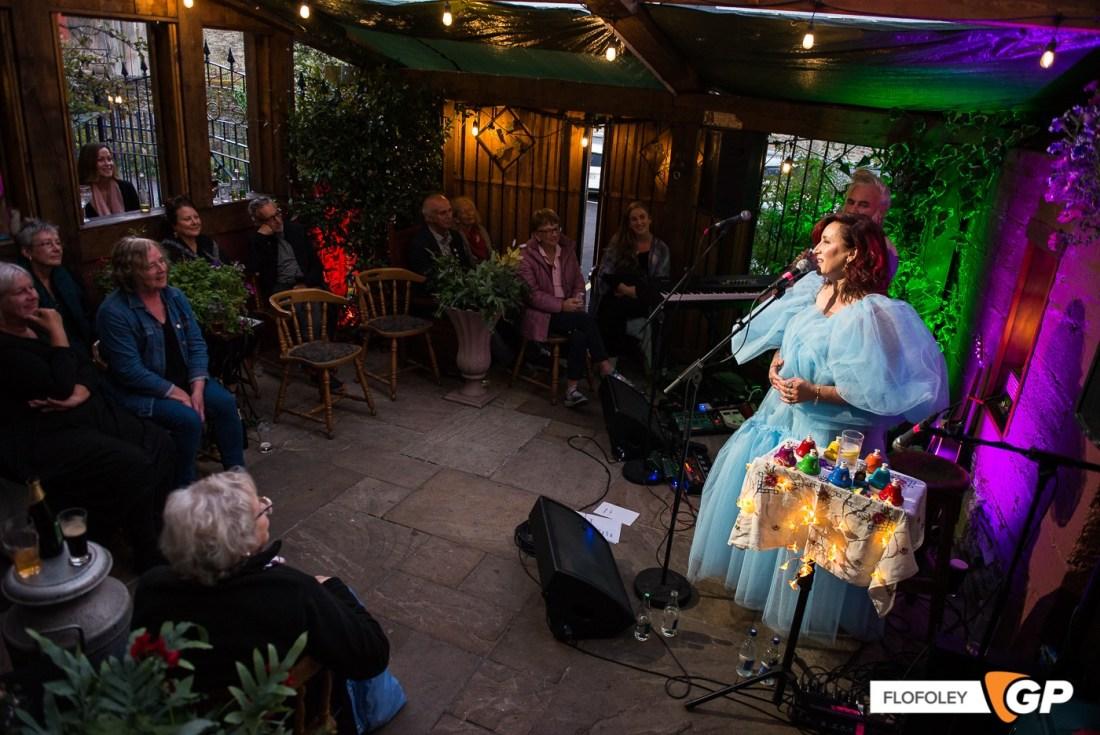 Maria Doyle Kennedy at De Barras Folk Club Clonakilty, Photographer, Flo Foley, 15-08-2021-7