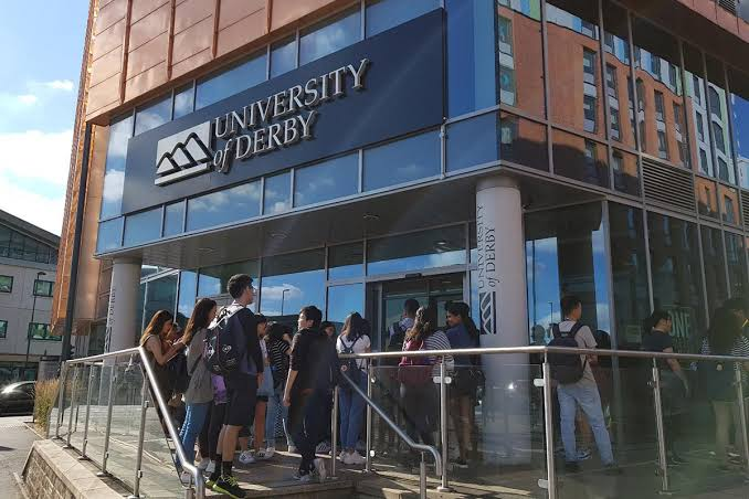 Vice-Chancellors Scholarships for International Students at University of Derby in UK 2021