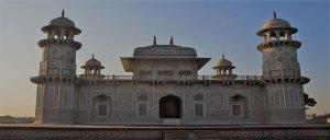 new delhi agra jaipur tour