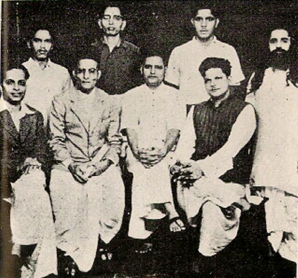 Group Photo of Hindu Mahasabha