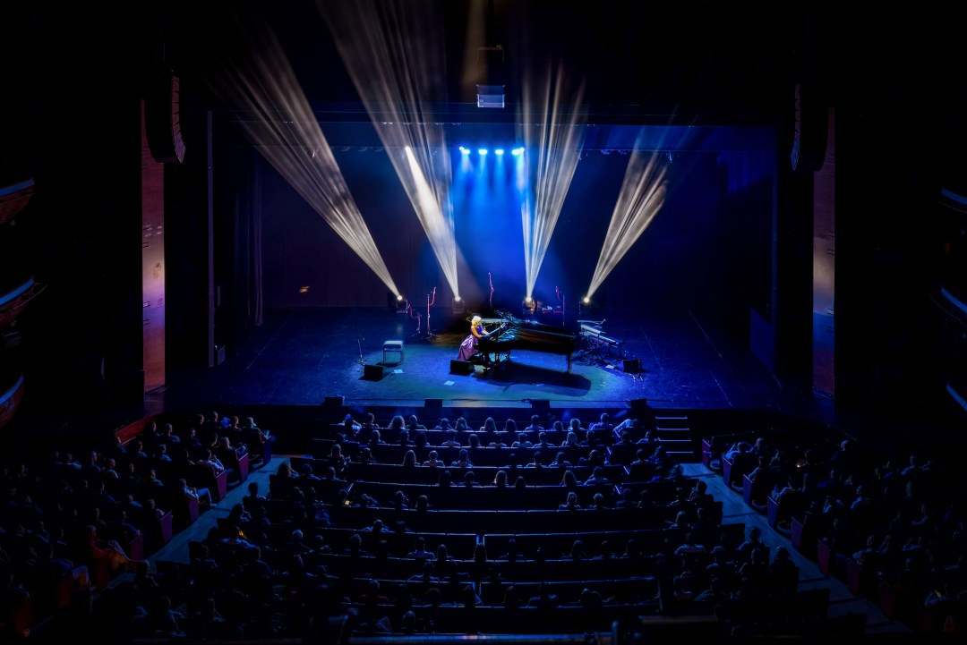 Dubai Opera House - Goldin's Debut Songwriting Performance