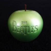 beatles15_apple
