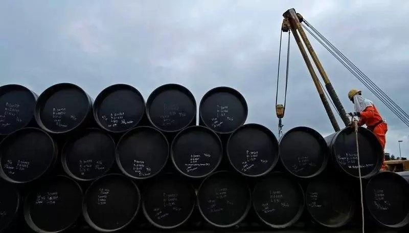 Crude Oil Prices Rise 1% on Wednesday as Industry Data Showed US Crude Stockpiles Fell More Than Expected via @goldsilverrepor
