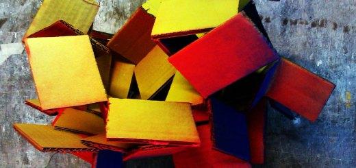 Cardboard-GlueGun-Spraypaint