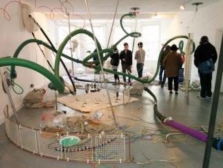 lee-holden-artist-sculpture-installation-02