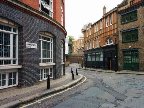 RebelFootprints-ClerkenwellStreetSigns-01