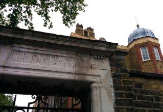 RebelFootprints-ClerkenwellStreetSigns-10