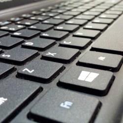 flat keyboard vs. ergonomic keyboard fight