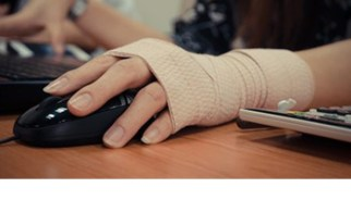 wrist hurt using mouse