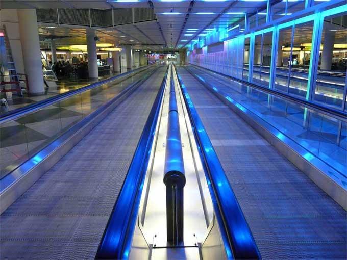 Moving Walkway Airport Ergonomic Travel