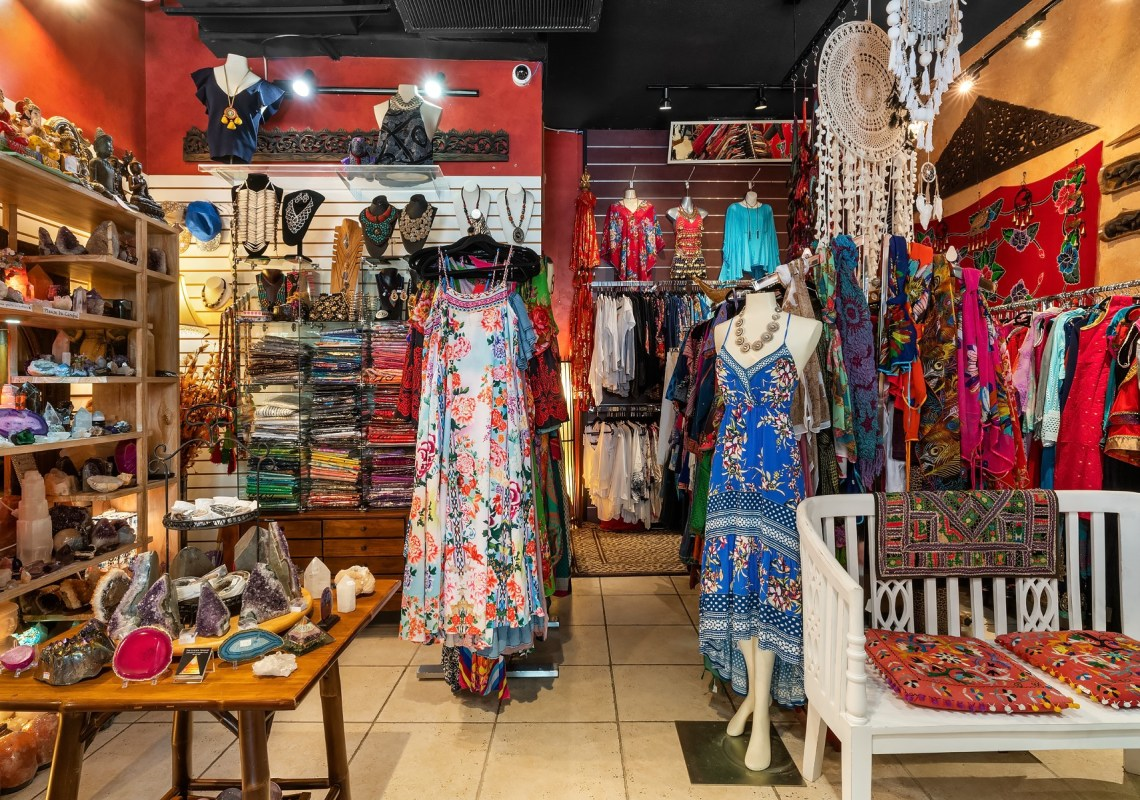 Gift shop, Fashion Jewelry, Buddha &more