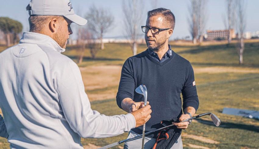 Mattias Jelver, bygger golfklubbor på Titleist