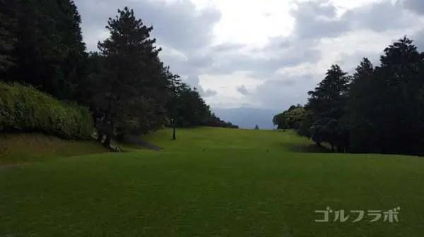 沼津ゴルフクラブの愛鷹1ホールのティーグラウンド