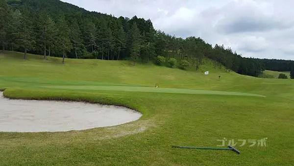 レンブラントゴルフ倶楽部御殿場の駿河コース2番ホールのグリーン