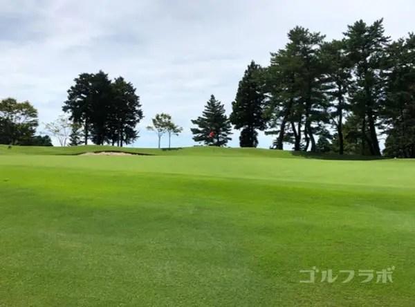 凾南ゴルフ倶楽部の1番ホールのグリーン