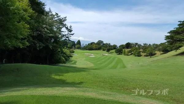 凾南ゴルフ倶楽部の13番ホールのレディースティ