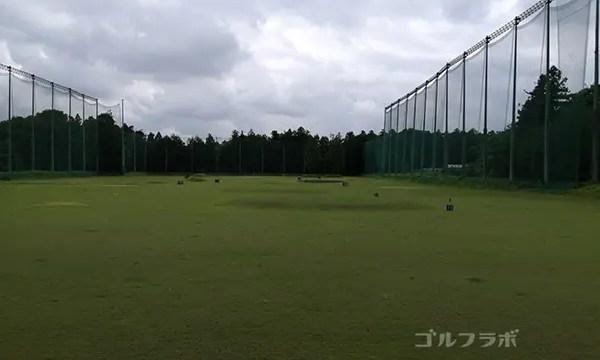 西学園健ゴルフセンターのフェアウェイ