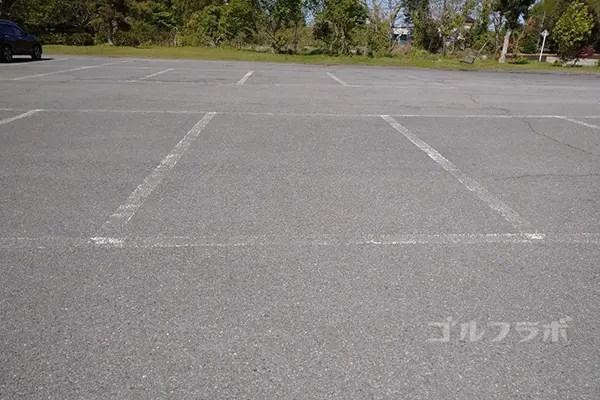 ジョイバードゴルフ練習場の駐車場