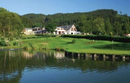 s-carlsbad-astoria-golf-resort-cihelny